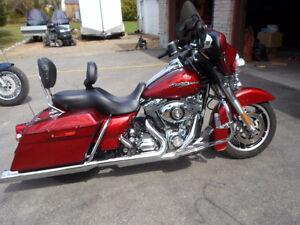 Harley Davidson Street Glide Sunglow Red