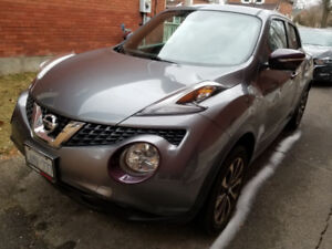 2016 Nissan Juke SL - All Wheel Drive - Take over my payments