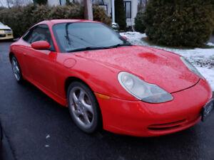 Porsche 911 coupe 300 HP (COLORADO RED.........RARE!!!!)