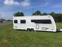 (52) BUCCANEER CLIPPER, TWIN AXLE, 4 BERTH, FIXED BED TOURER