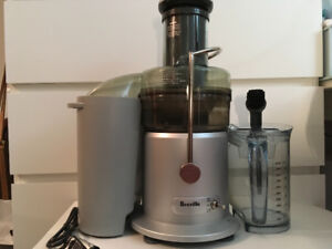 Breville the Juice Fountain Plus for SALE $90 GREAT CONDITION