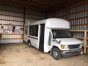 2005 Ford Diesel E-450 Super Duty Limo Party Bus Pioneer Bluetoo