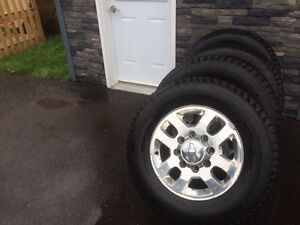 275/65R18 Winter tires for Chev/Gm hd  2500