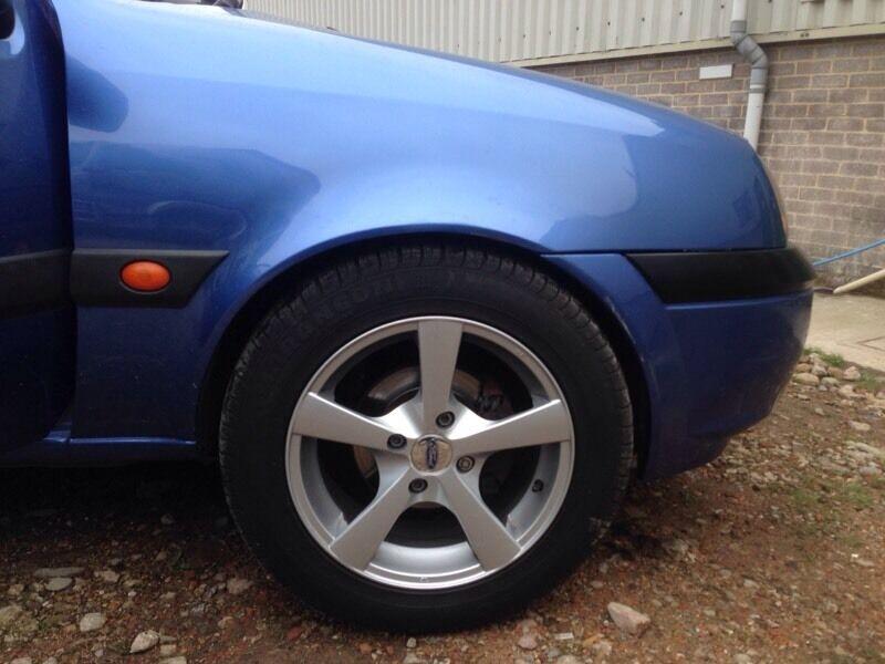 4 stud alloy wheels £80 o.n.o