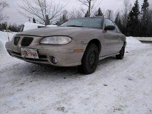 1997 Pontiac Grand Am se Coupe (2 door)