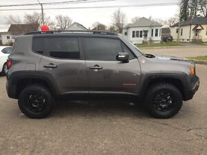 2016 Jeep Renegade Trailhawk***Leather,B-up Cam,4x4*** London Ontario image 4