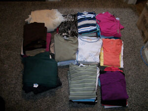 LADIES SIZE XLARGE CLOTHING LOT FOR SALE