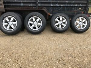 "Set of 4 Nissan Titan Pro-4x  18""  tires and rims"