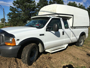 2000 Ford F-350 XL super duty Pickup Truck