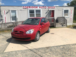 2011 HYUNDAI ACCENT (1 YEAR WARRANTY INCLUDED IN THE PRICE!)