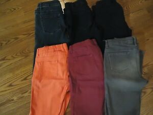 6 prs of Girls Denims - New condition
