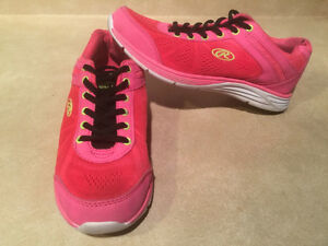 Women's Rawlings Running Shoes Size 8 London Ontario image 5