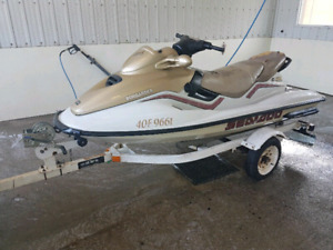 Seadoo 787 3 seater and trailer 2200