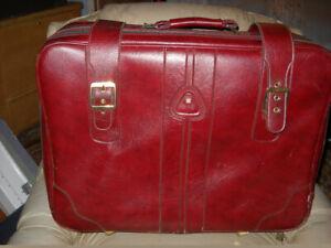 Valise Stradellina luggage suitcase 26x20x9 po. avec roues