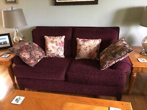 Like new living room furniture