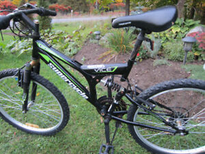 MOUNTAIN BIKE - SUPERCYCLE - VICE - 21 SPEED -DUAL SUSPENSION!