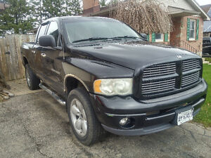 Parting out 2002 Dodge Ram Sport