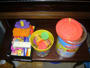 Playdoh with Grill, Barber shop and accessories