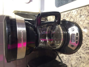 Coffee maker with washable filter, perfect condition