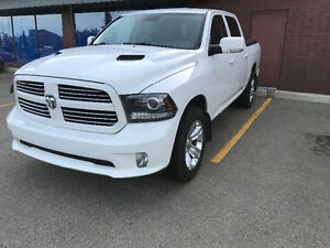 2013 Ram SPORT 1500 pickup with hard-to-find AIR RIDE!!