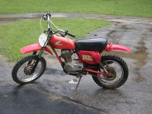 **LOOKING FOR** part bike or parts for a Honda XR 75cc year 1977