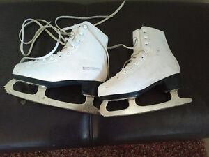 Figure skates, size 2 asking $25