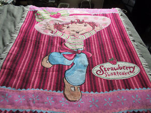 Afghan:  Strawberry Shortcake woven throw cover blanket