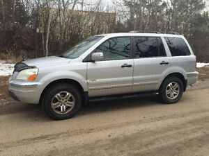 Well Cared-For 2003 Honda Pilot Touring SUV, Crossover