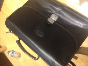 Bugatti Executive Briefcase - Black  great shape
