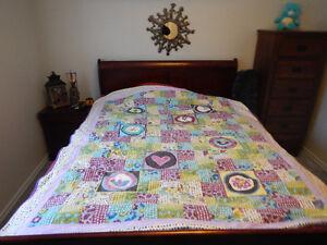3 Piece Bedroom set with Queen Sleigh Bed