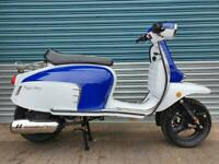ROYAL ALLOY GT 125 N AC BLUE & WHITE CLASSIC RETRO SCOOTER QUALITY GT125 GT125N