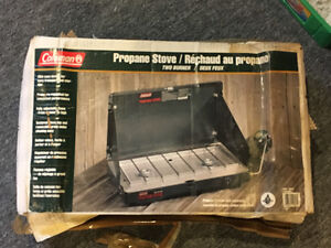COLEMAN PROPANE CAMPING STOVE