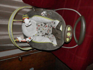 Automatic Baby bouncer by Ingenuity