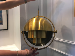 Superbes luminaires suspendus design en laiton