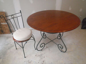Wrought Iron & Wood Table & 6 Chairs