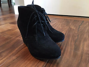 Steve Madden Suede Wedge Ankle Boots