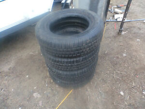 4 tire 195 -65-14 marshal comme neuf ..450 477 1538 ,,,,,,,non