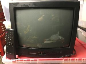 """Perfect 12"""" Colour TV for your trailer Revelstoke British Columbia image 1"""