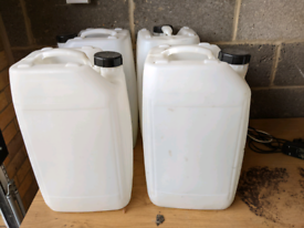 25 Litre water drums