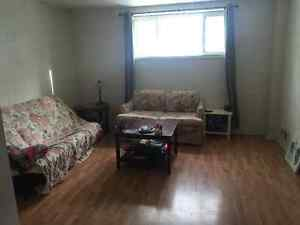 LARGE 2 BEDROOM AVAILABLE ASAP! ENSUITE LAUNDRY & FREE PARKING
