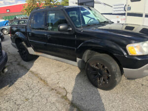 2003 Ford Explorer Sport Trac Limited Pickup Truck