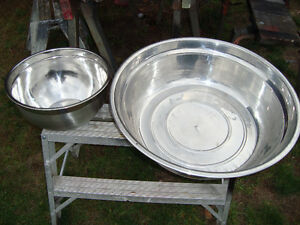 2 LARGE STAINLESS STEEL BOWLS