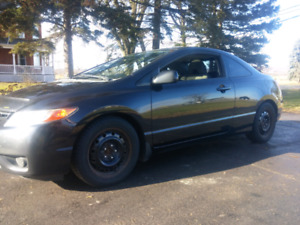 08 civic 2dr LX 5 speed need gone! 4000 takes it!