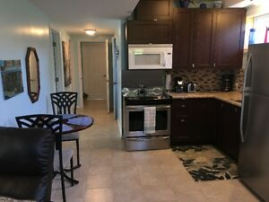 Beautiful 2 Bedroom apt., Cable Wifi, close to Conestoga college