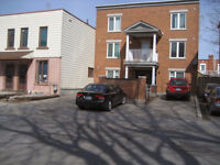 Large Modern 2 bedroom Apartment near Byward Market and UofO