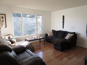 For Sale- 4603 41 Ave- 4 bed house with double & single garage Edmonton Edmonton Area image 3