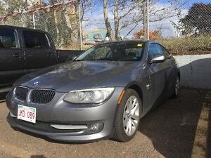 2011 BMW 3-Series 328i Coupe (2 door) $19500 taxes in
