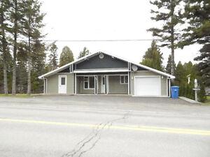 Maison sur le bord de l'eau Saguenay Saguenay-Lac-Saint-Jean image 1