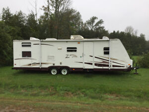 2006 Keystone 29' Ultralite Zeppelin II travel trailer