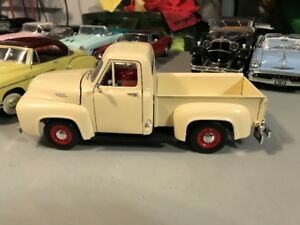 Ford Pick up 1953 diecast 1/18 die cast